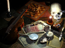 Free Desk Of Sherlock Holmes Royalty Free Stock Photo - 25577935