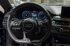 Deska rozdzielcza ścisły wykonawczy samochodowy Audi S5 Sportback 3 (0) TFSI quattro tiptronic Obraz Royalty Free