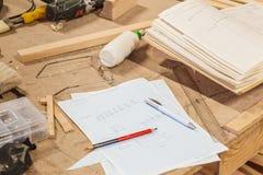 Deskop de charpentier de travail Image stock