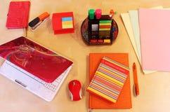 Desktop do escritório dos papéis de parede para mulheres Imagem de Stock Royalty Free