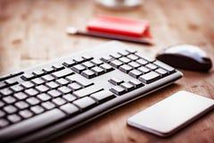 Desktop in het bureau stock afbeeldingen