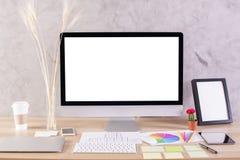 Desktop met monitor en kader Royalty-vrije Stock Fotografie