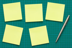 Desktop with sticky notes Royalty Free Stock Images