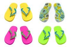Deslizadores das sandálias na colagem branca do fundo Fotografia de Stock Royalty Free
