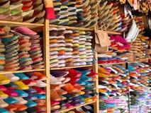 Deslizadores marroquíes de cuero Imagen de archivo libre de regalías