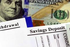 Deslizamento de transferência da operação bancária do negócio Fotos de Stock Royalty Free