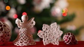 Deslizamento na frente das decorações do Natal filme
