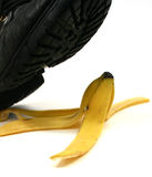 deslizar da casca da banana Fotos de Stock