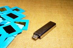 Deslize filmes e cartão de memória fotografia de stock
