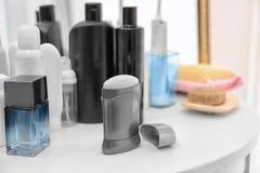 Desodorizante para homens e artigos diferentes da higiene Foto de Stock Royalty Free