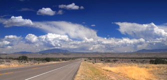 Desolate road in New Mexico Royalty Free Stock Photography