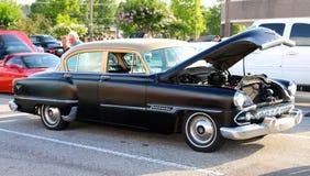 1953年Desoto俱乐部小轿车黑色和Tan 免版税库存照片