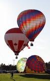 Despegue colorido del globo Fotos de archivo libres de regalías