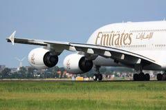 Despegue de los emiratos A380 Foto de archivo libre de regalías
