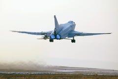 Despegue del avión militar Imagen de archivo