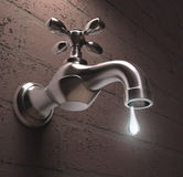 Desperdício da água Fotografia de Stock Royalty Free