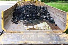 Desperdício da construção em uma faixa clara Imagem de Stock Royalty Free