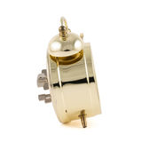 Despertador mecânico dourado isolado Fotografia de Stock Royalty Free