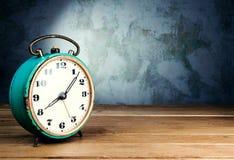 Despertador retro Imagens de Stock