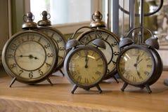 Despertadores velhos Fotografia de Stock