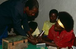 Desplazados en Burundi. imagen de archivo