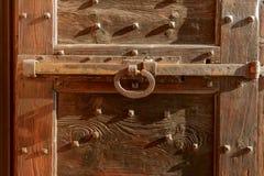 Desplazamiento de la cerradura en el portal de la entrada de la iglesia en la abadía de Mirasole, milipulgada Foto de archivo libre de regalías
