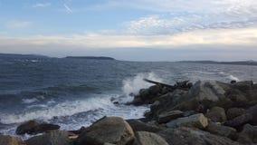 Desplome de la onda de la costa oeste Fotografía de archivo libre de regalías