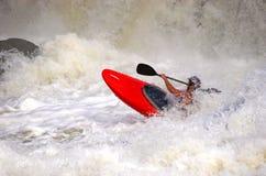 Desportista no barco vermelho Imagens de Stock Royalty Free