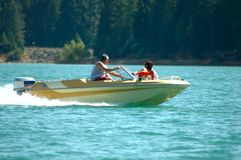 Desporto de barco da família Imagens de Stock