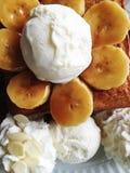 Dessert alla panna del ghiaccio della banana Fotografia Stock