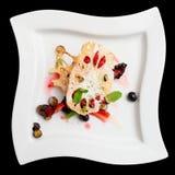 Dessert asiatique de fruit avec la racine et les baies de lotus, d'isolement Photos stock