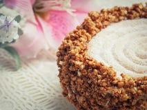 Dessert casalingo del francese della meringa di Succès immagine stock libera da diritti