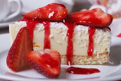 Dessert cheesecake with fresh strawberries Royalty Free Stock Image