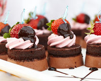 Dessert - Chocolate Cake with Fresh Strawberry Royalty Free Stock Images