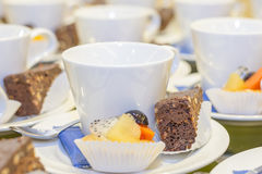 Dessert with coffee cups Royalty Free Stock Photos