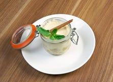 Dessert crémeux photographie stock libre de droits