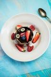 Dessert d'électrodéposition avec l'anneau spécial Photo libre de droits