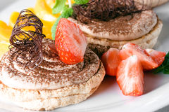 Dessert d'un chocolat avec la fraise Photo libre de droits