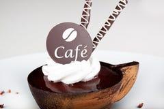 Dessert de café avec du chocolat Photographie stock libre de droits