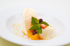 Dessert de fruit Photos stock