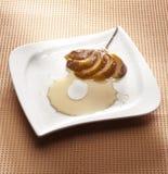 Dessert de fruit de chef Images stock
