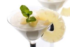 Dessert de lait caillé d'ananas Images stock