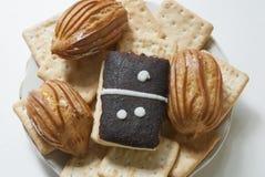 Dessert de Lugansk ` de domino de ` de gâteau eclairs Images stock