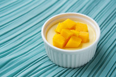 Dessert de mangue Photos libres de droits