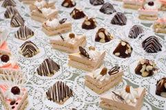 Dessert de table de buffet Images libres de droits