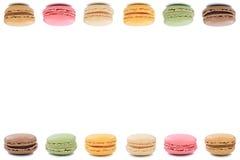 Dessert dei biscotti dei maccheroni di Macarons dal copyspace del confine della Francia Fotografie Stock