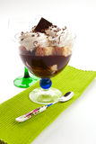 Dessert del cioccolato con la spugna Fotografia Stock Libera da Diritti