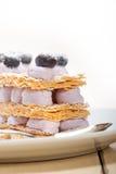 Dessert del dolce del mirtillo di millefoglie Immagine Stock