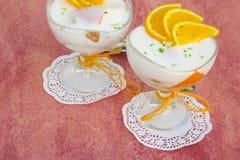 Dessert del latte con l'arancia Fotografia Stock
