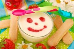 Dessert del semolino per il bambino Fotografie Stock Libere da Diritti